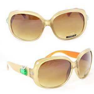 Sunglasses 3820 Gold Frame and Green Diamond with Brown Gradient Lense