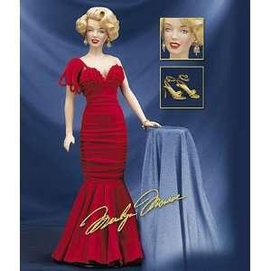 MonroeTM Vinyl Portrait Dress up Doll   Star Debut Toys & Games