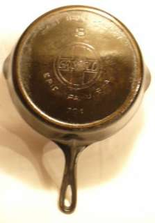 vtg Griswold cast iron skillet fry pan #8 slanted writing Erie PA USA