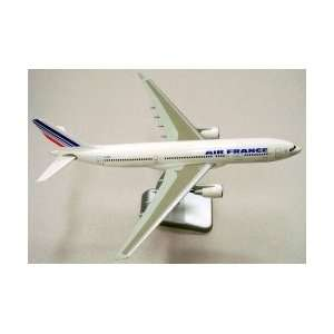 Hogan Air France Airbus A330 200 Model Airplane HG1875G