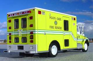 VR   MIAMI DADE FIRE RESCUE EMS / AMBULANCE First Gear