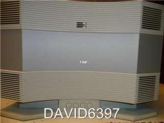 BOSE ACOUSTIC WAVE CD 3000 W/ PEDESTAL PLATINUM WHITE