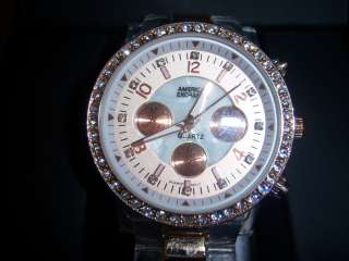 Womens Quartz American Exchange white and gold color Watch with