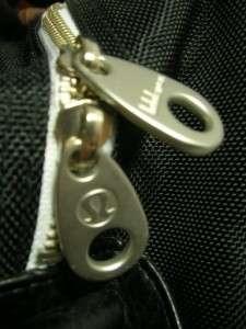 LULULEMON Black Athletic Gym Workout Large Womens Duffle Bag