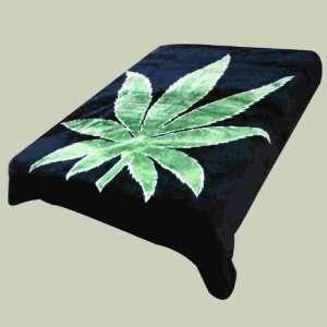 Super Soft Luxury Plush Queen Size Mink Blanket   Green Marijuana Pot