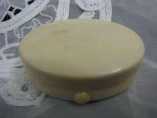 Antique French Faux Ivory Miniature Compact / boîte à poudre