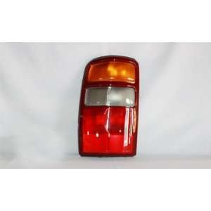 00 03 CHEVY SUBURBAN/TAHOEY/GMC KON LEFT TAIL LIGHT Automotive