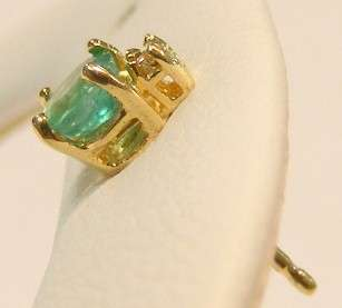 14K YELLOW GOLD .NATURAL EMERALD DIAMOND STUD EARRINGS *