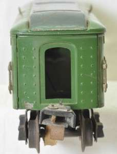 Prewar Lionel two tone green passenger cars, 2613, 2613, 2614, 2615