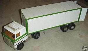 Ertl International Semi Tractor Trailer Model
