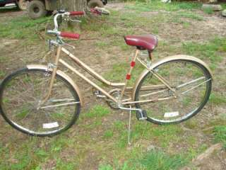 Vintage Huffy Catalina 3 Speed Bicycle Bike 26