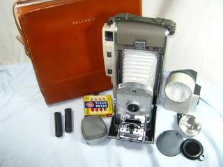 VINTAGE POLAROID 800 LAND CAMERA w/ CASE & ACCESSORIES