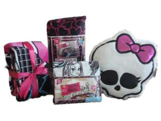 MONSTER HIGH Twin Bedding Set COMPLETE Comforter Sheets Fleece