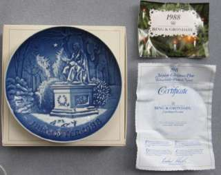 Bing & Grondahl Christmas Plate Kings Garden 1988 MIB