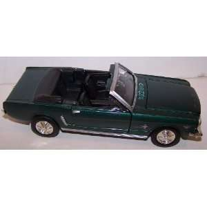 Diecast 1964 1/2 Ford Mustang Convertible in Color Green Toys & Games