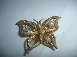 Vintage BROOKS Goldtone Wire String BUTTERFLY Brooch Pin