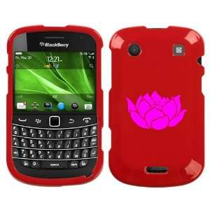 BLACKBERRY BOLD 9930 PINK LOTUS FLOWER ON RED HARD CASE