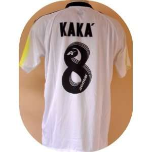 REAL MADRID # 8 KAKA SOCCER JERSEY SIZE XL.NEW  Sports