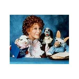 Shari Lewis Lamb Chops Play Along Full body puppet  Toys & Games