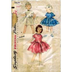 My Vintage Apron Sewing Patterns on Pinterest | 97 Pins